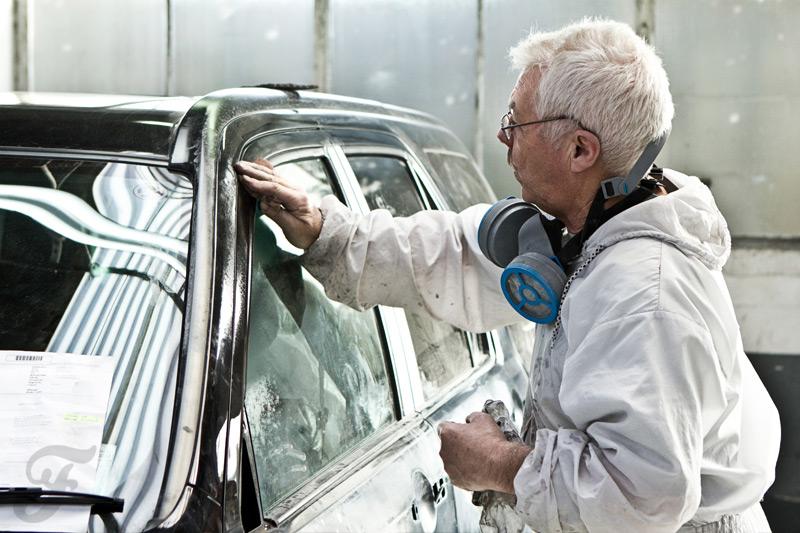 Behind the Scenes in the Motor Industry (Renault)