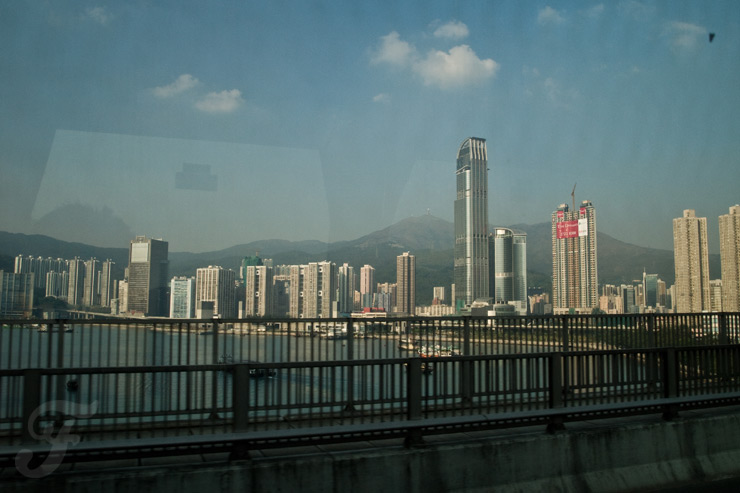 hong kong arrival bus ride